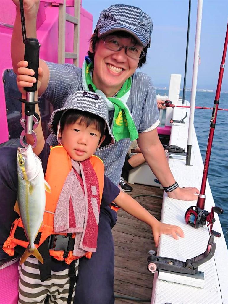 Familyfishing1_20190820105101